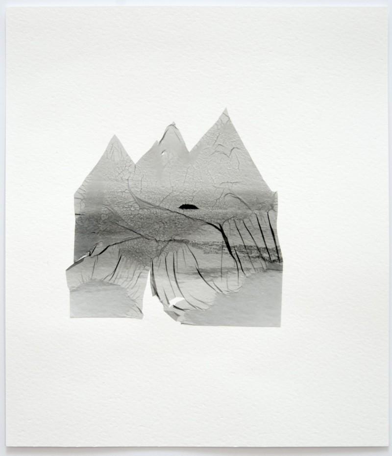 Sylvie Bonnot, Les mues , 2013   Gélatine argentique sur papier aquarelle   30 x 40 cm  Crédit photo: Sylvie Bonnot