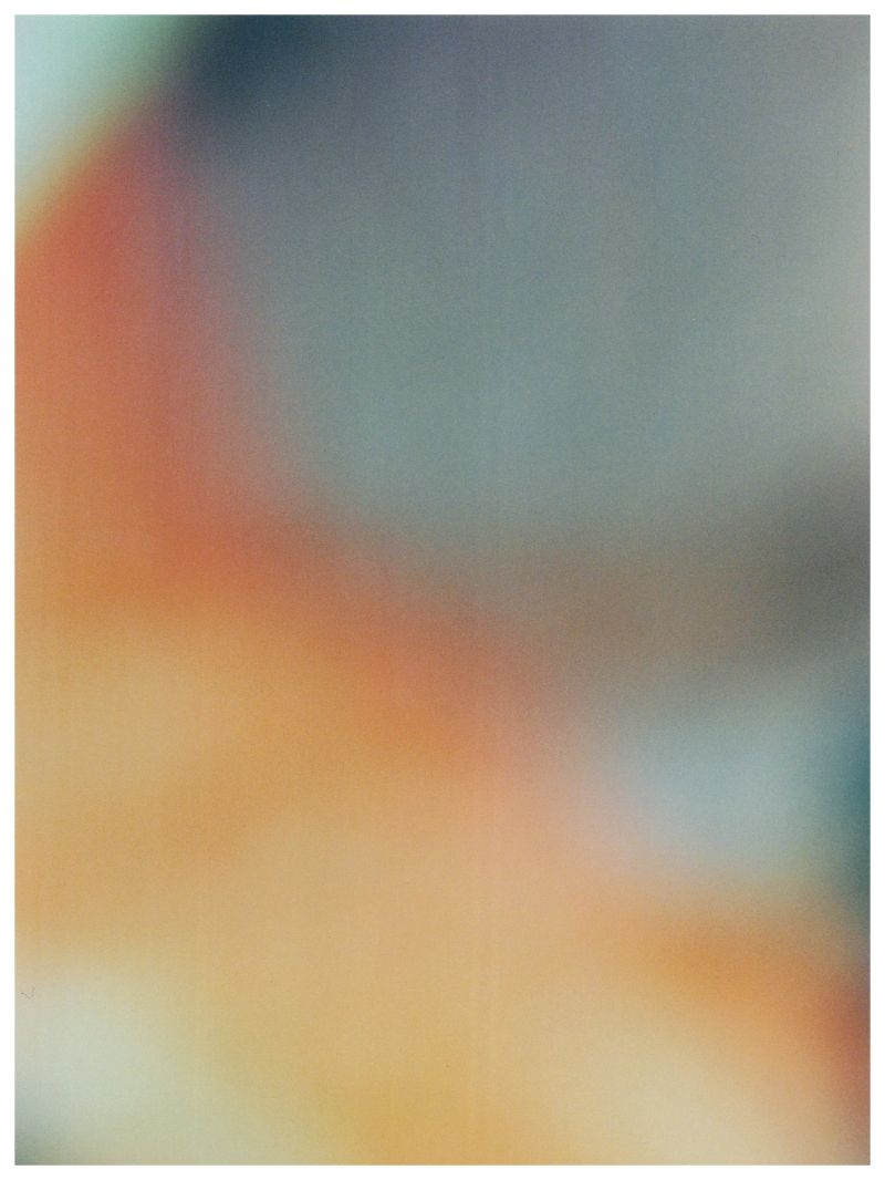 Untitled (Filtred) 2014 Photographie argentique 40x30 Courtesy / Galerie Benjamin Derouillon, Paris