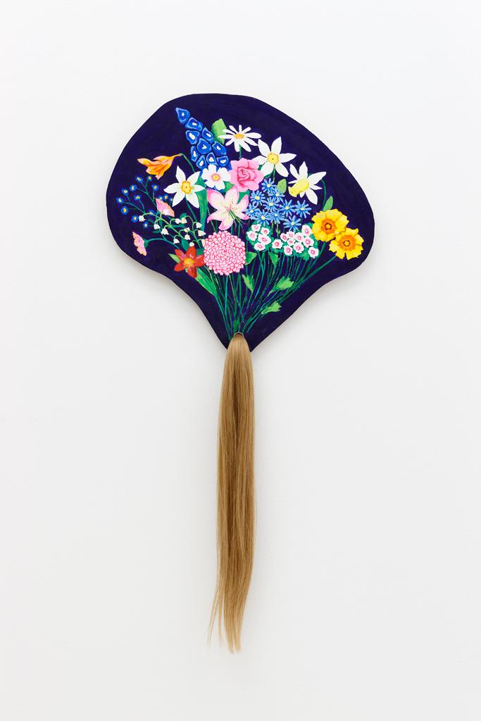 Anne Brégeaut, Un morceau de toi, 2013, peinture vinylique sur bois et cheveux, 72 x 36,5 cm Courtesy de l'artiste et de la galerie Semiose (Paris)
