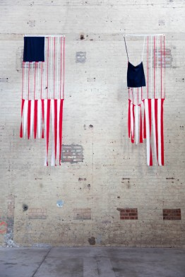 Amy-ONeillRed-White-Stripes-©-Leslie-Artamonow-