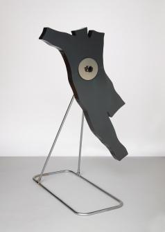 George, C.1966, Fibre de verre, acier chrome et techniques mixtes. © Kiki Kogelnik Foundation. Courtesy Galerie Natalie Seroussi