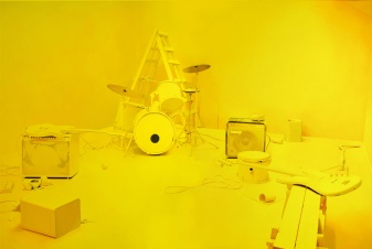 Elodie_Lesourd,_The_Dead,_2010